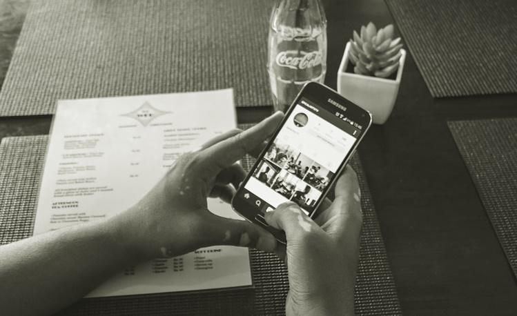 REL-InstagramHand