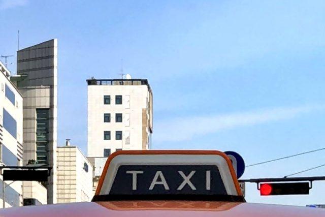 승차거부 많은 택시회사에 첫 운행정지 처분